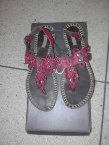 sandalias sifrinas para dama talla 39 usada.