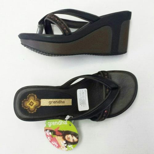 sandalias / zapatos/ zapatillas grendha talla 33-34