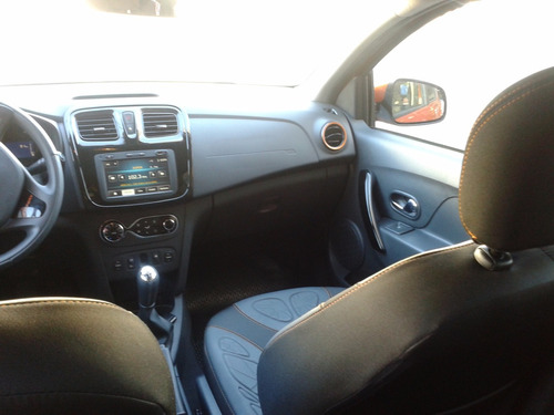 sandero stepway fase ii 1.6 16v confort (105cv) financiado