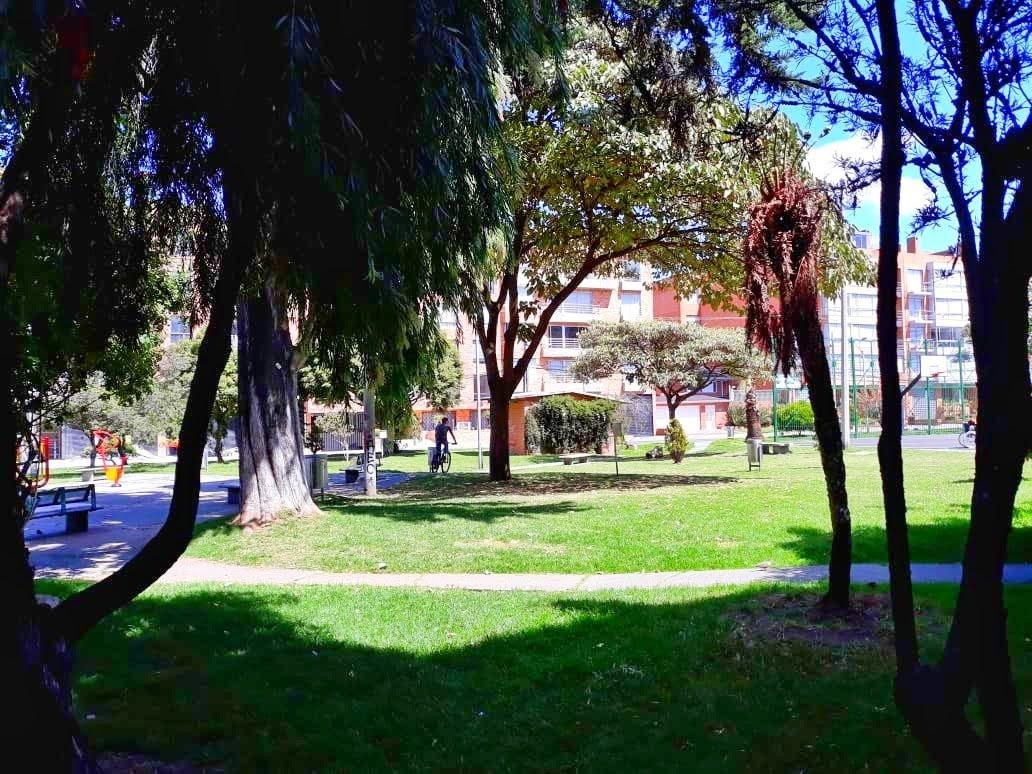 santa barbara 145m2, 3hab, frente parque $850mm