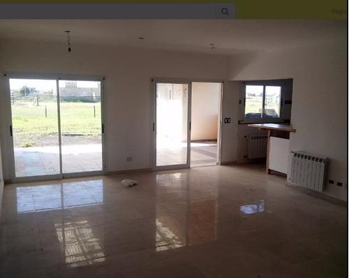 santa rita - propiedad 210 m2, 3 dorm, galería, cochera