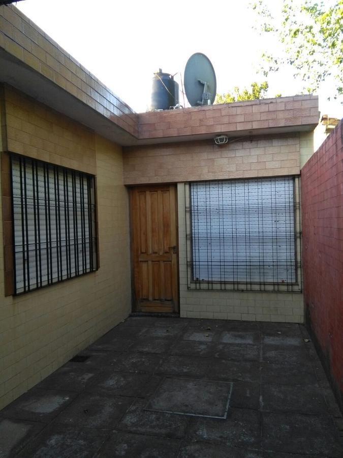 santa teresita - calle 44 - cochera - 3 ambientes - amoblado - bien mantenido - oportunidad