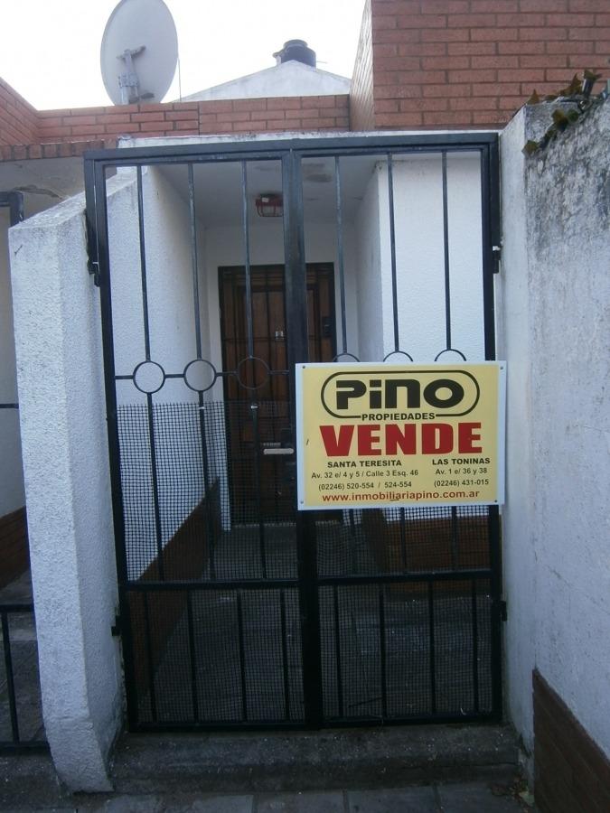 santa teresita  tipo casa: 2 dormitorios  patio con parrilla