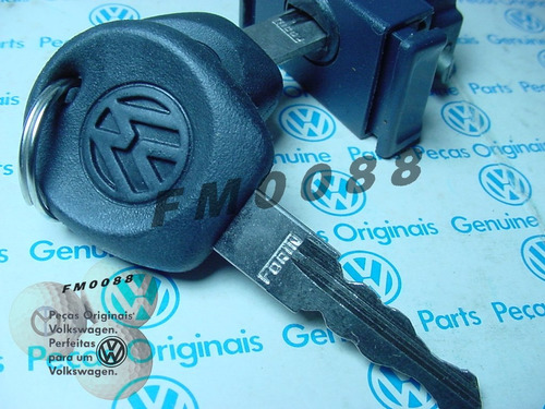 santana & quantum 94/95 fechaduras porta luvas azul c/chaves