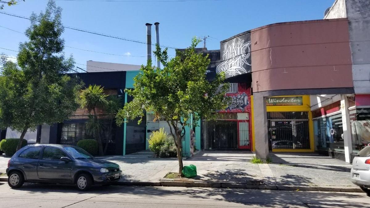 santiago del estero y roca. local comercial con deposito