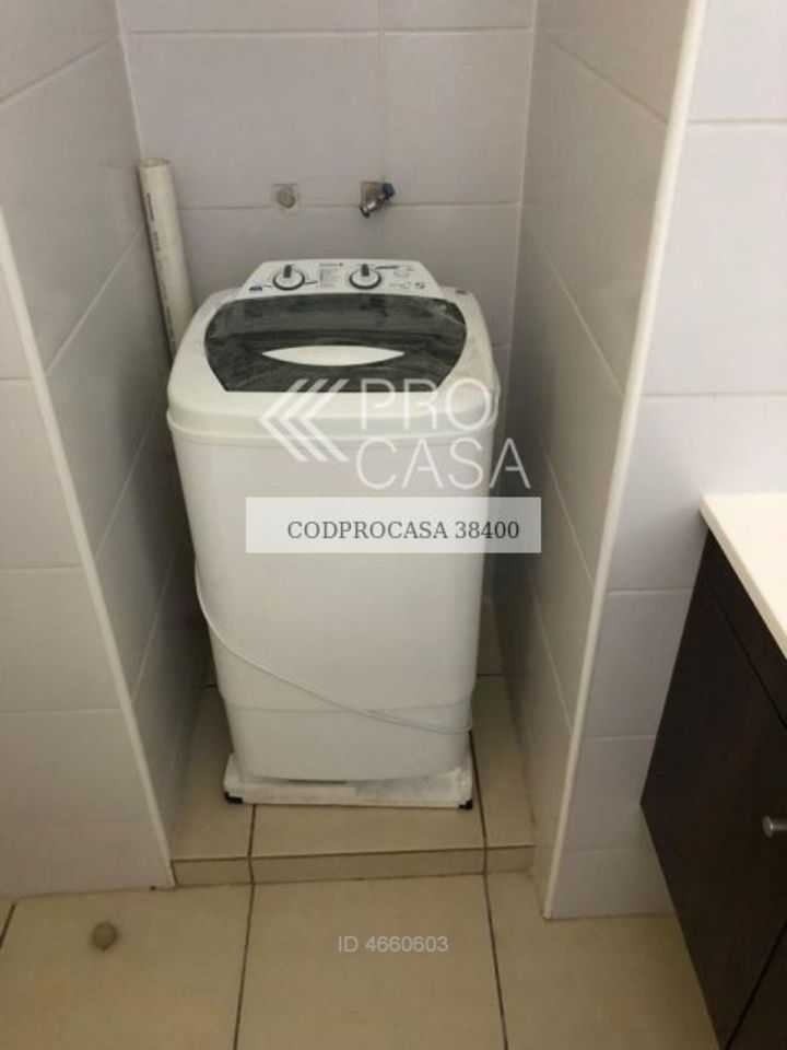 santiago / nataniel cox