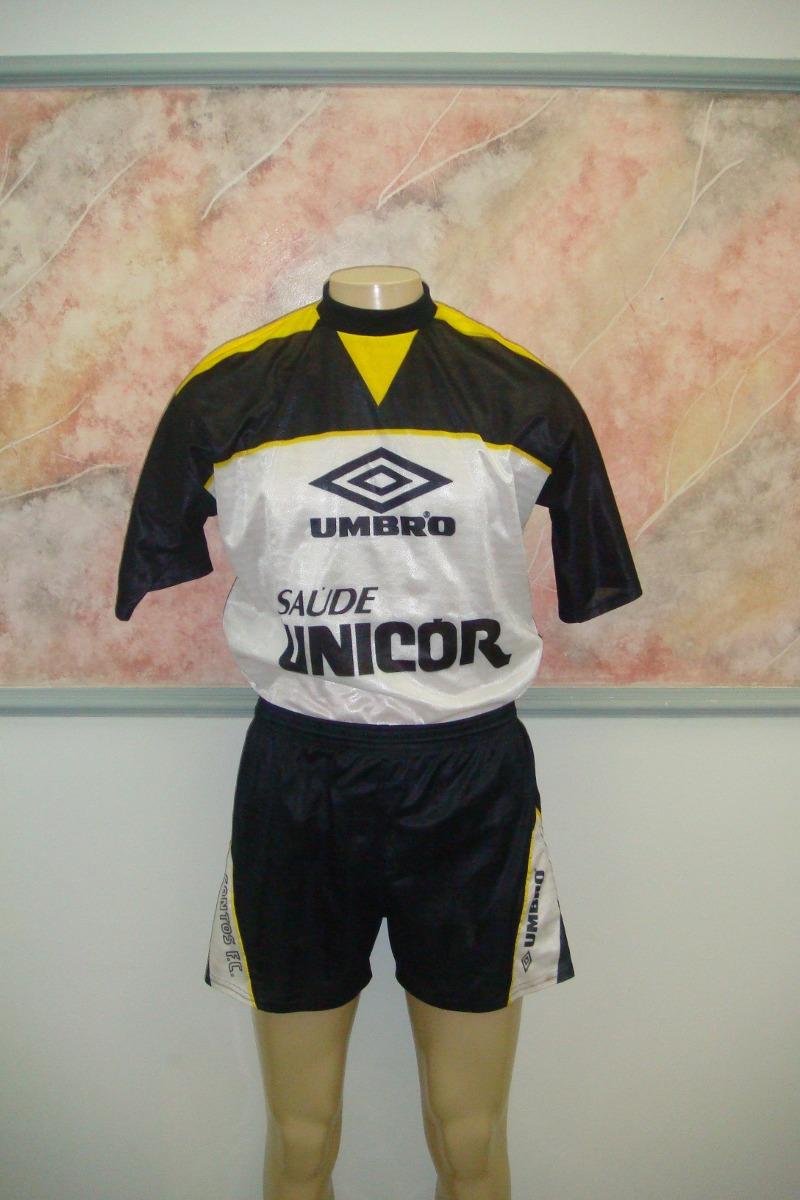 81810994a Santos F. C. Calção Umbro Antigo Jogo S-150 - R  96