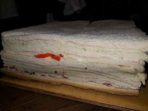 sanwiches de miga tradicionales el precio es x 48 unid