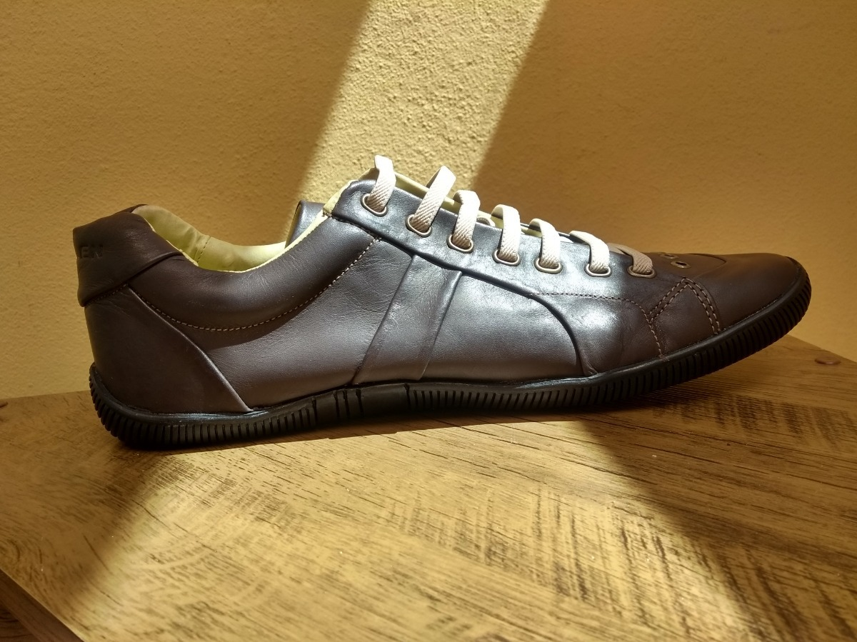 7659a2a9f Sapatenis Sapato Tenis Casual Couro Osklen - R$ 85,00 em Mercado Livre