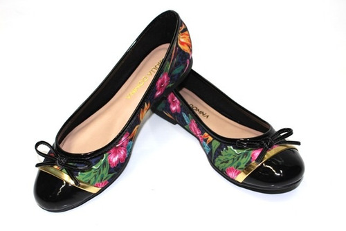sapatilha 10275 tecido preto floral