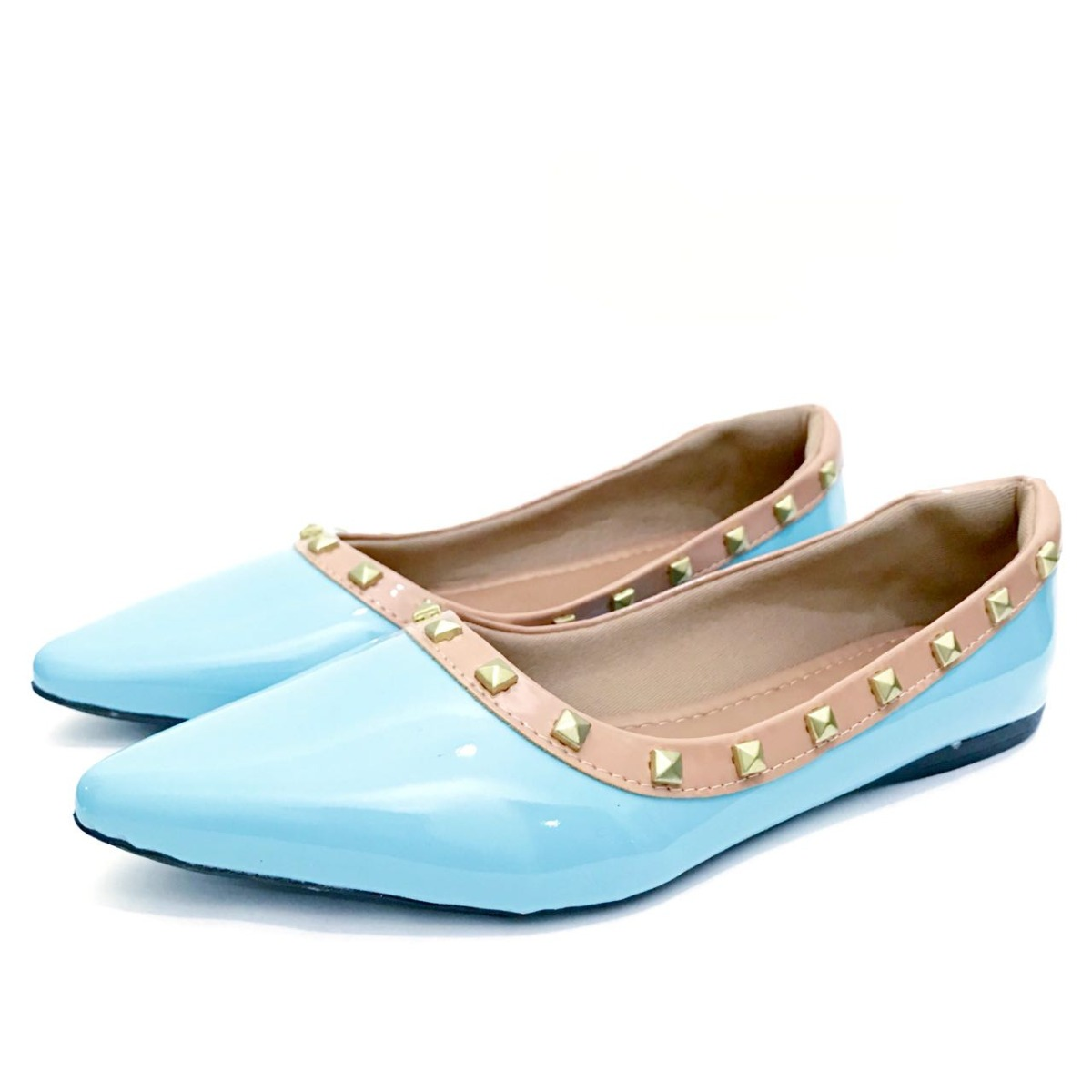 c3ce97f35e3 sapatilha bico fino tachinas spikes azul tiffany confortavel. Carregando  zoom.