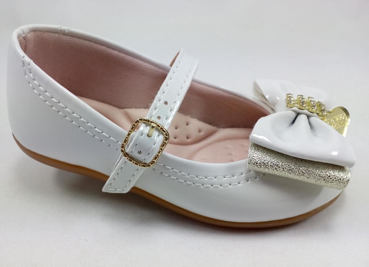 aa7449905c sapatilha branca infantil com laço batizado casamento festa. Carregando zoom .