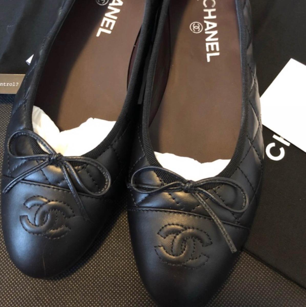 e45d80513 Sapatilha Chanel Preta Em Couro - R$ 800,00 em Mercado Livre