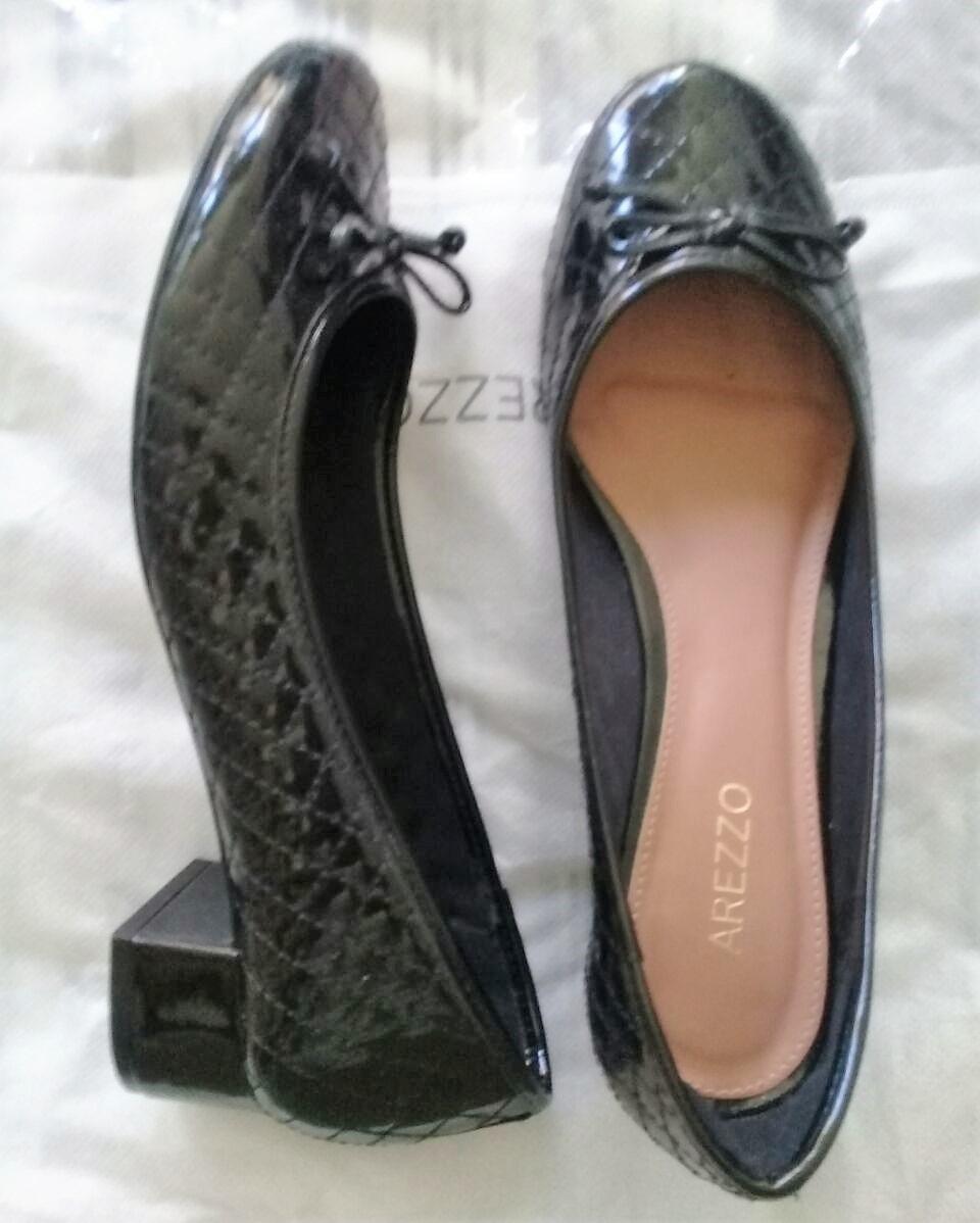 8e07c9fd90 sapatilha com salto preta verniz arezzo. Carregando zoom.