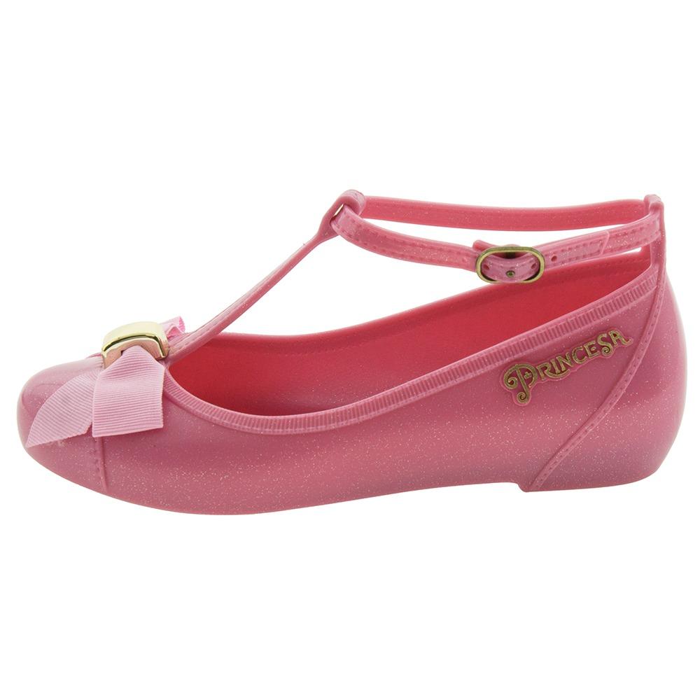 2a3a3fe3ac sapatilha infantil feminina princesas disney rosa grendene k. Carregando  zoom.