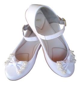 c89fc8216 Sapato Daminha De Honra Meninas - Calçados, Roupas e Bolsas com o Melhores  Preços no Mercado Livre Brasil