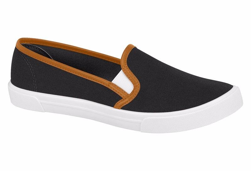 3adff5840f Características. Marca Moleca  Modelo Sapatilha  Gênero Feminino  Material  do calçado ...