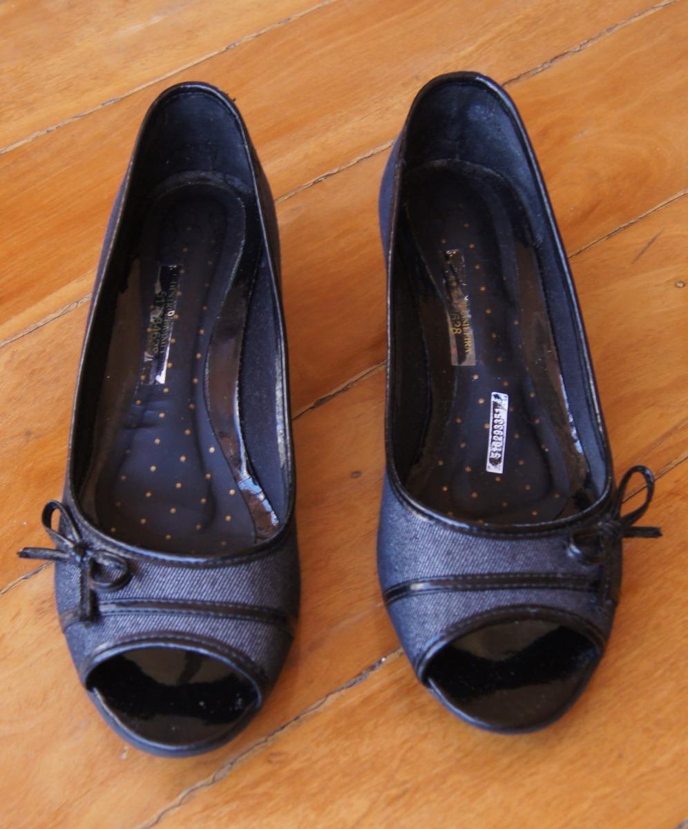 5d169d9e2c sapatilha peep toe com saltinho preto moleca 36. Carregando zoom.