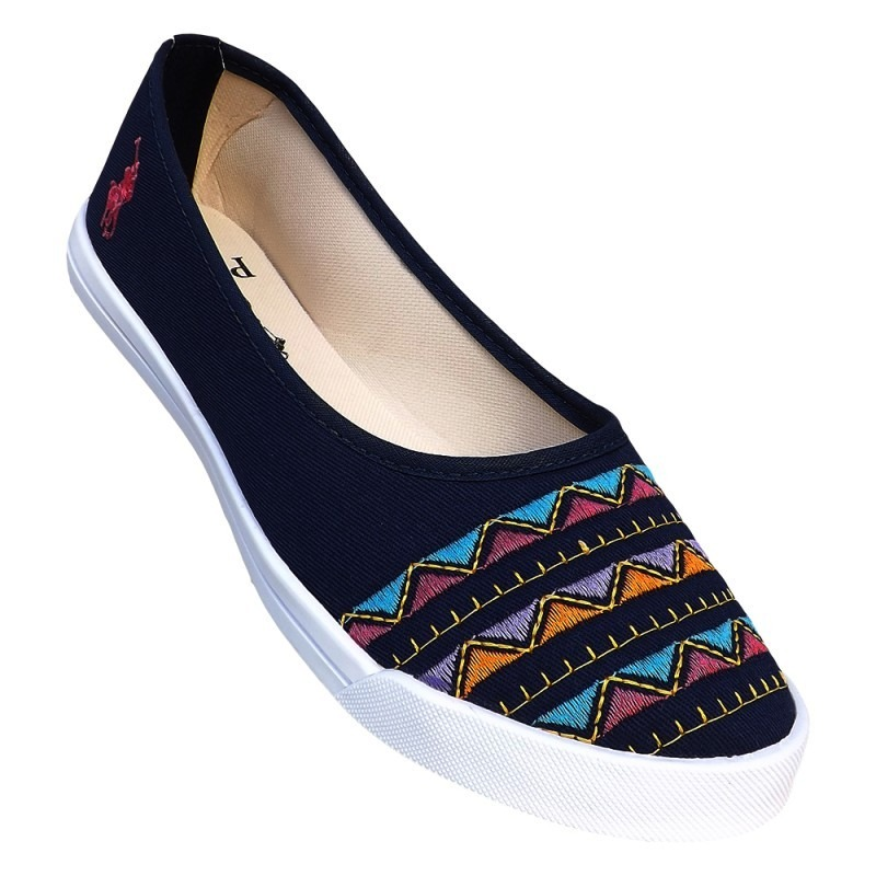 4d64a893e61e6 Características. Marca Ralph Lauren  Tipo de calçado Sapatilhas  Gênero  Feminino