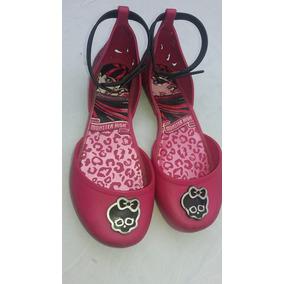 670e8704bc Monster High Ebi Meninas Sapatilhas no Mercado Livre Brasil