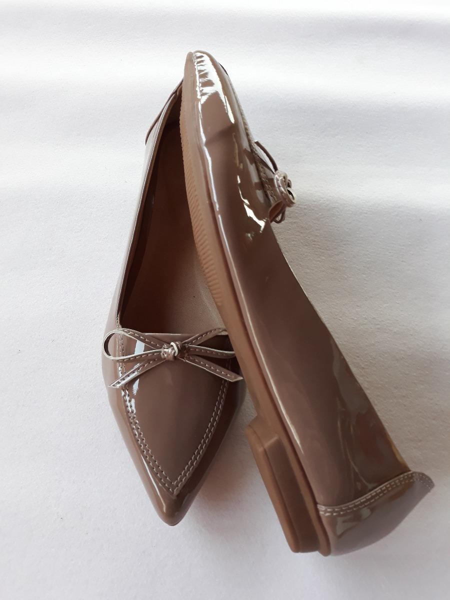 sapatilhas feminina bico fino verniz linda e confortável!! Carregando zoom. ea9d1287e2dd8