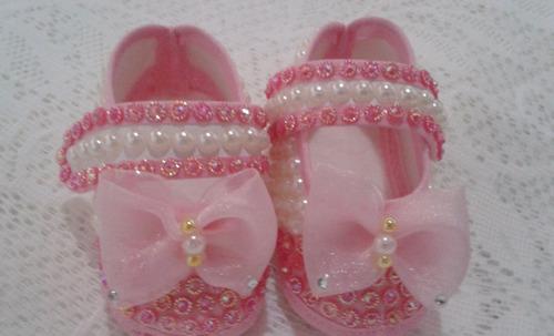 sapatinho para bebê pérolas com strass várias cores