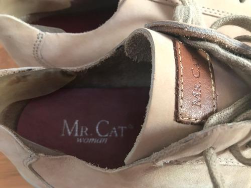 sapatênis mr cat girl tam 35 areia usado uma vez couro