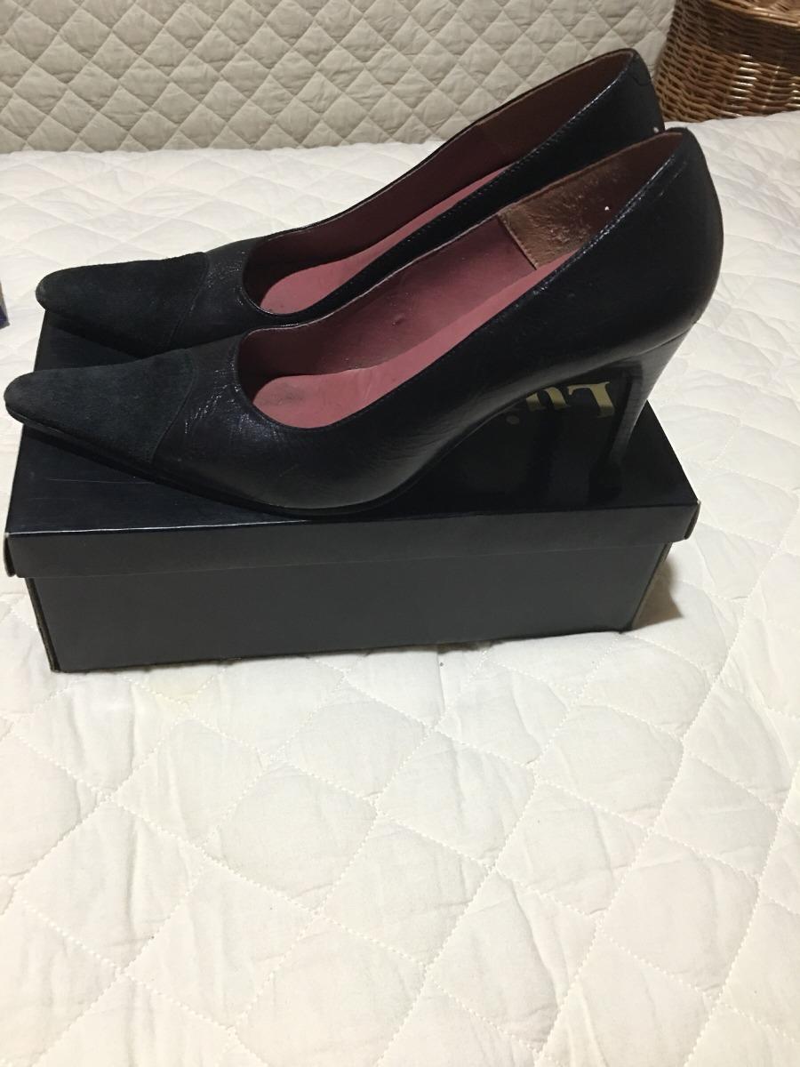6066bc37c1 sapato 37 couro preto impecável. Carregando zoom.