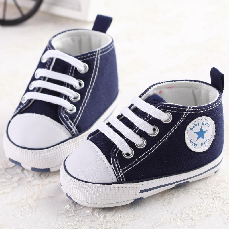 91797cf0511 sapato bebê tênis tipo all star primeiros passos azul. Carregando zoom.
