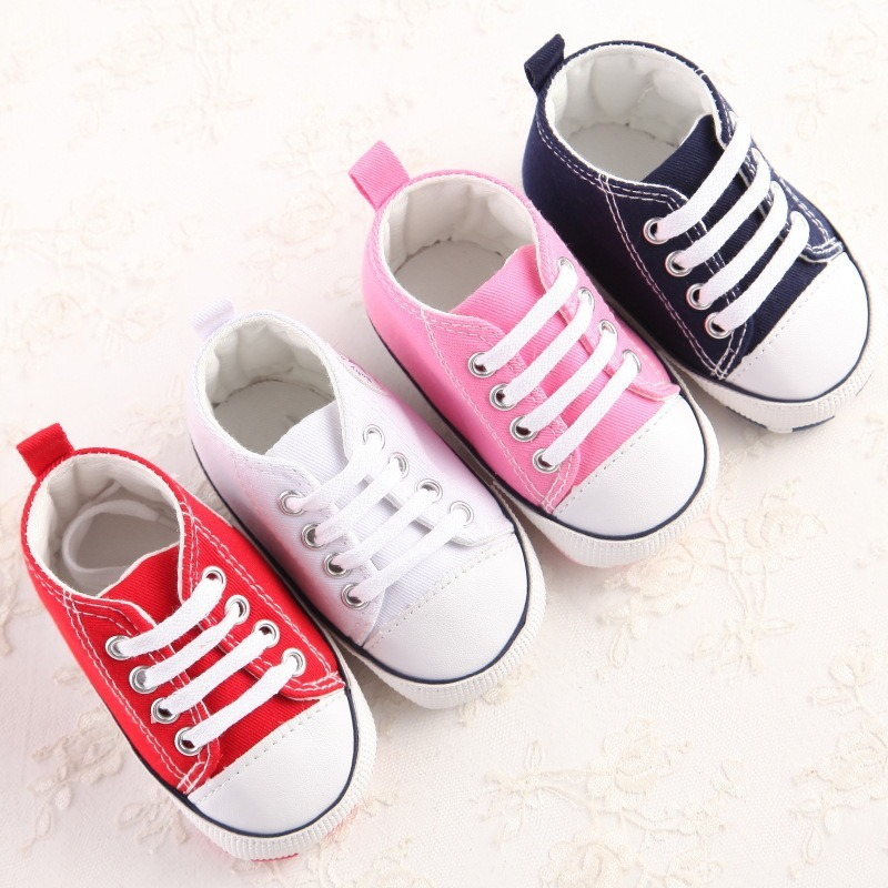 23aa6fafba2 sapato bebê tênis tipo all star primeiros passos rosa. Carregando zoom.