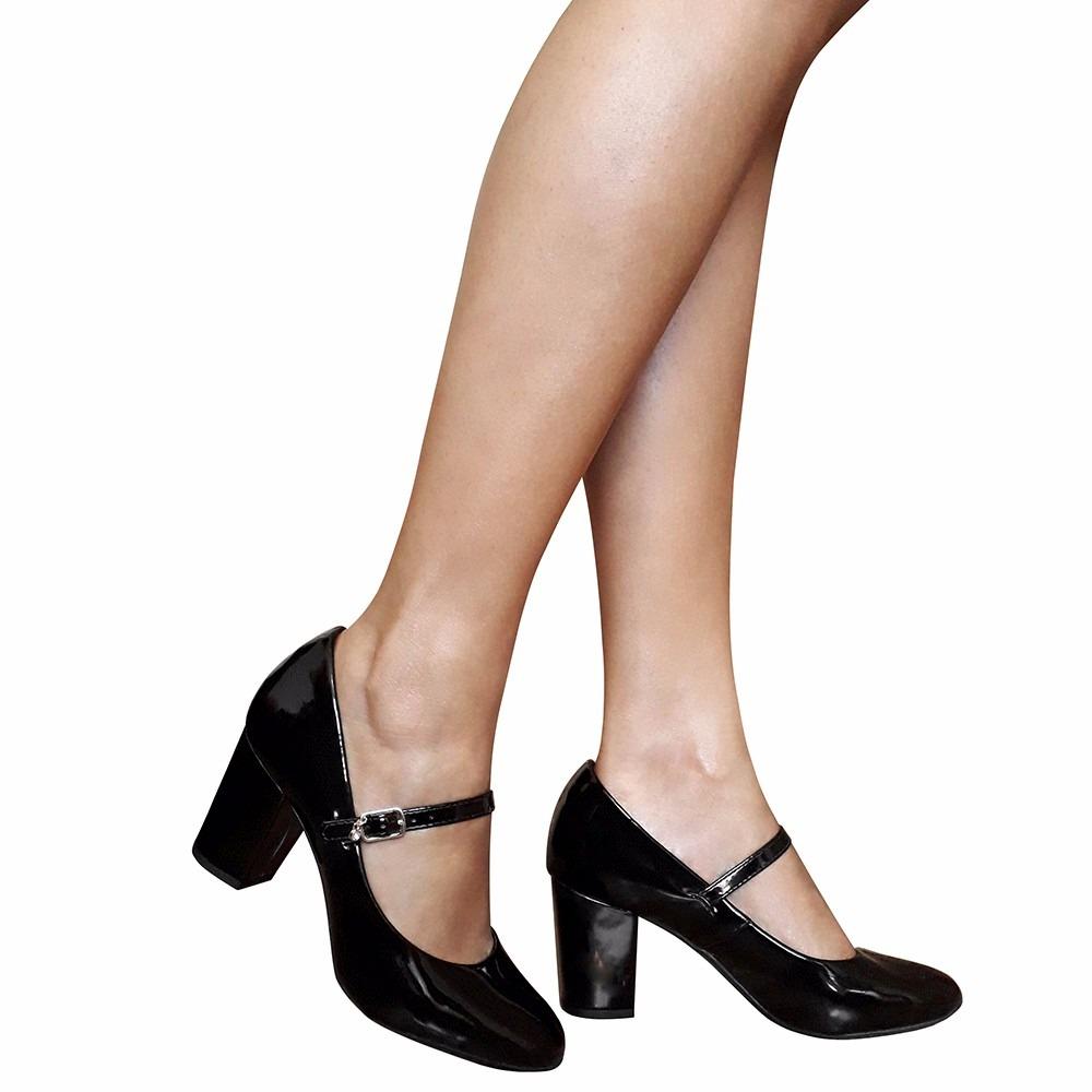 b72cf4ce23 sapato boneca preto verniz social salto baixo medio grosso. Carregando zoom.