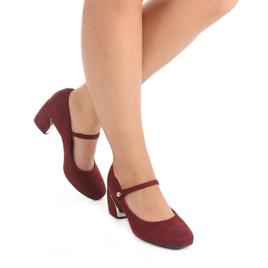 523a08ee39 sapato boneca salto feminino vizzano - vinho. Carregando zoom.