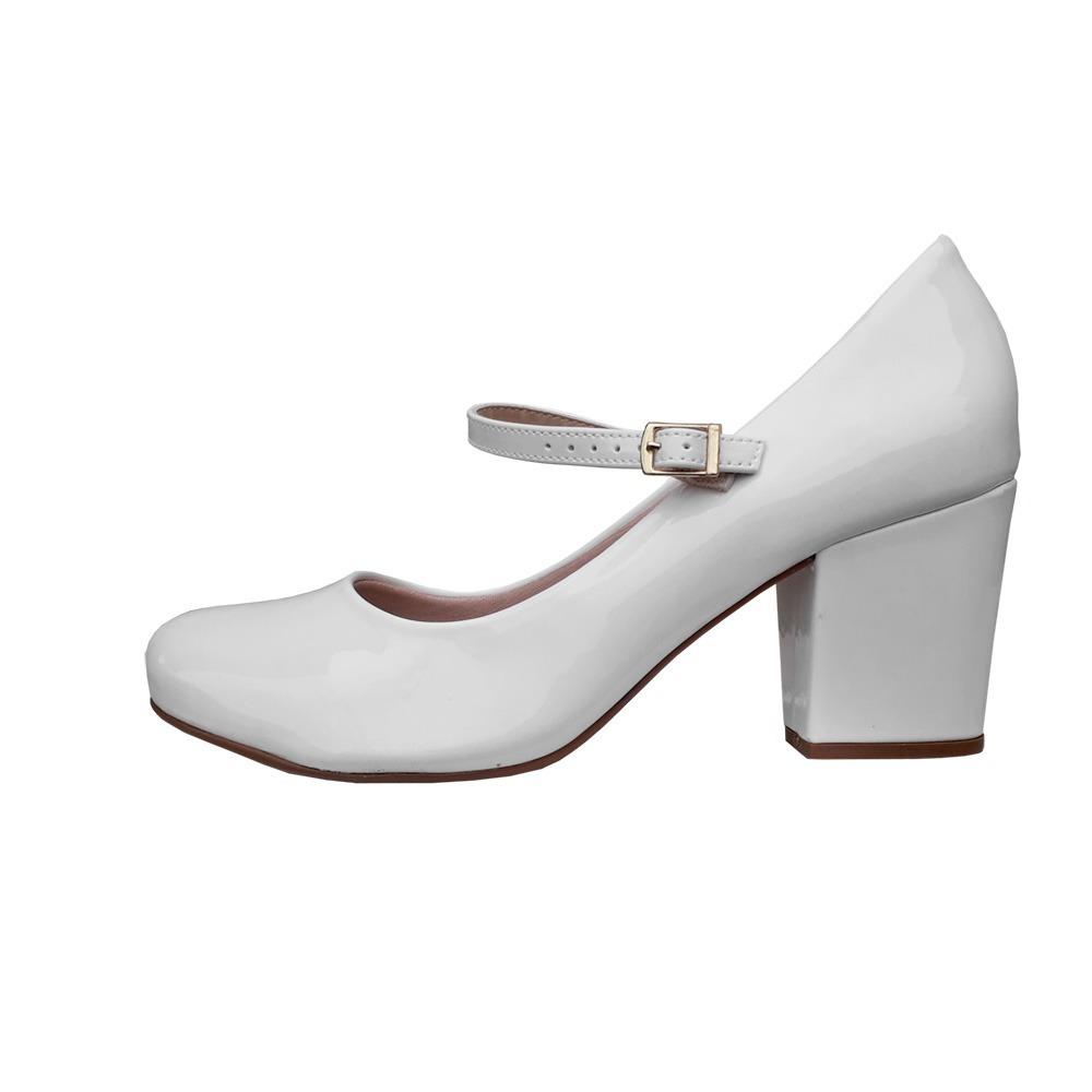 4dd508350 sapato branco boneca noiva enfermagem salto grosso moleca. Carregando zoom.