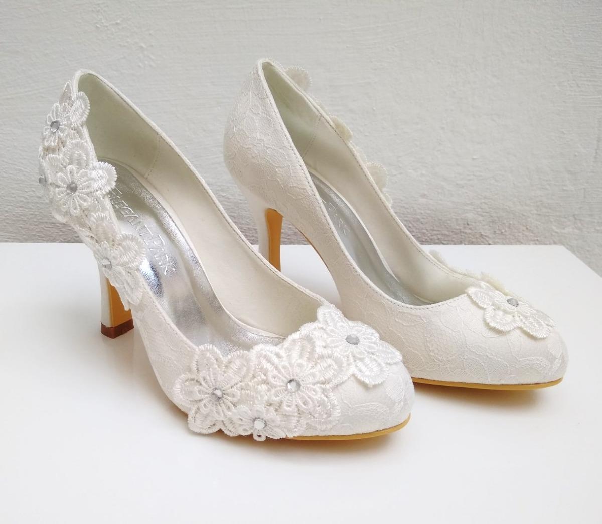 fa9e99e605 Sapato Branco Casamento Noiva Salto Alto Tam.35 - R$ 211,97 em ...