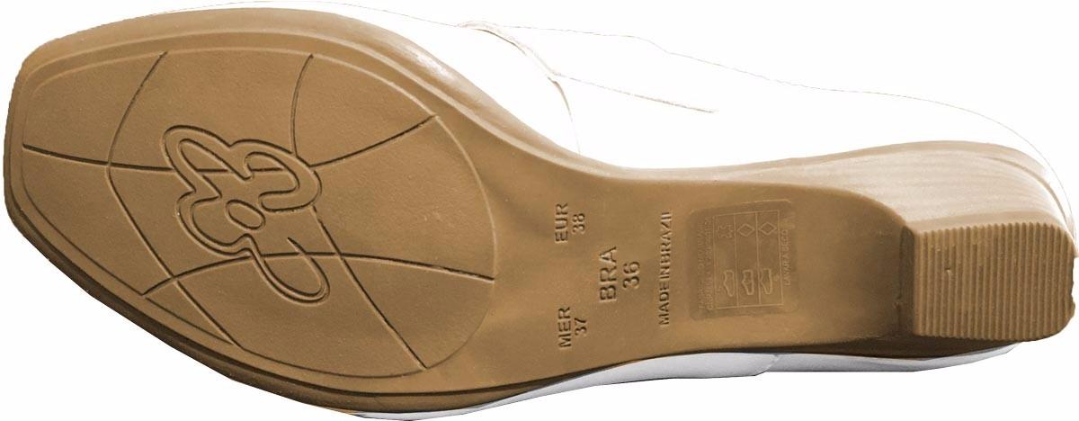 58b367089 sapato branco de couro da linha confort nr-32 enfermagem. Carregando zoom.