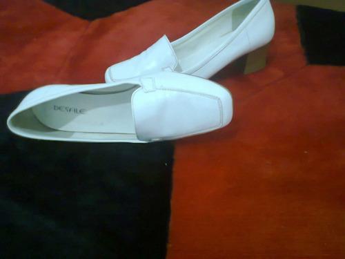 sapato  branco em couro  - nº 37