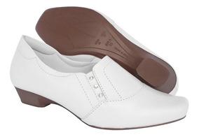 c78b59d1a Sapato Branco Enfermagem Com Salto Feminino - Sapatos com o Melhores ...
