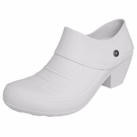 902b460de Sapato Branco Enfermagem Feminino Salto Baixo Linha Conforto - R$ 69 ...