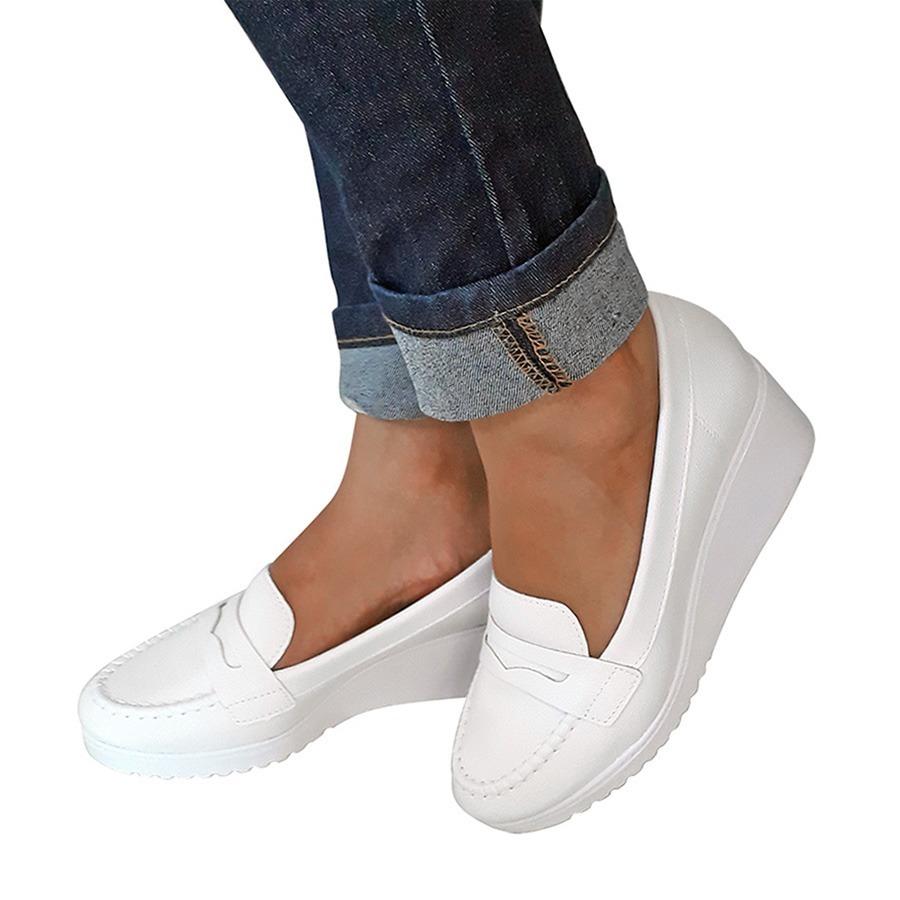 6464b587d Sapato Branco Enfermagem Mocassim Azaleia Leve Salto Anabela - R ...