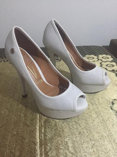 60ac39ad3 Sapato Branco Festa - R$ 100,00 em Mercado Livre