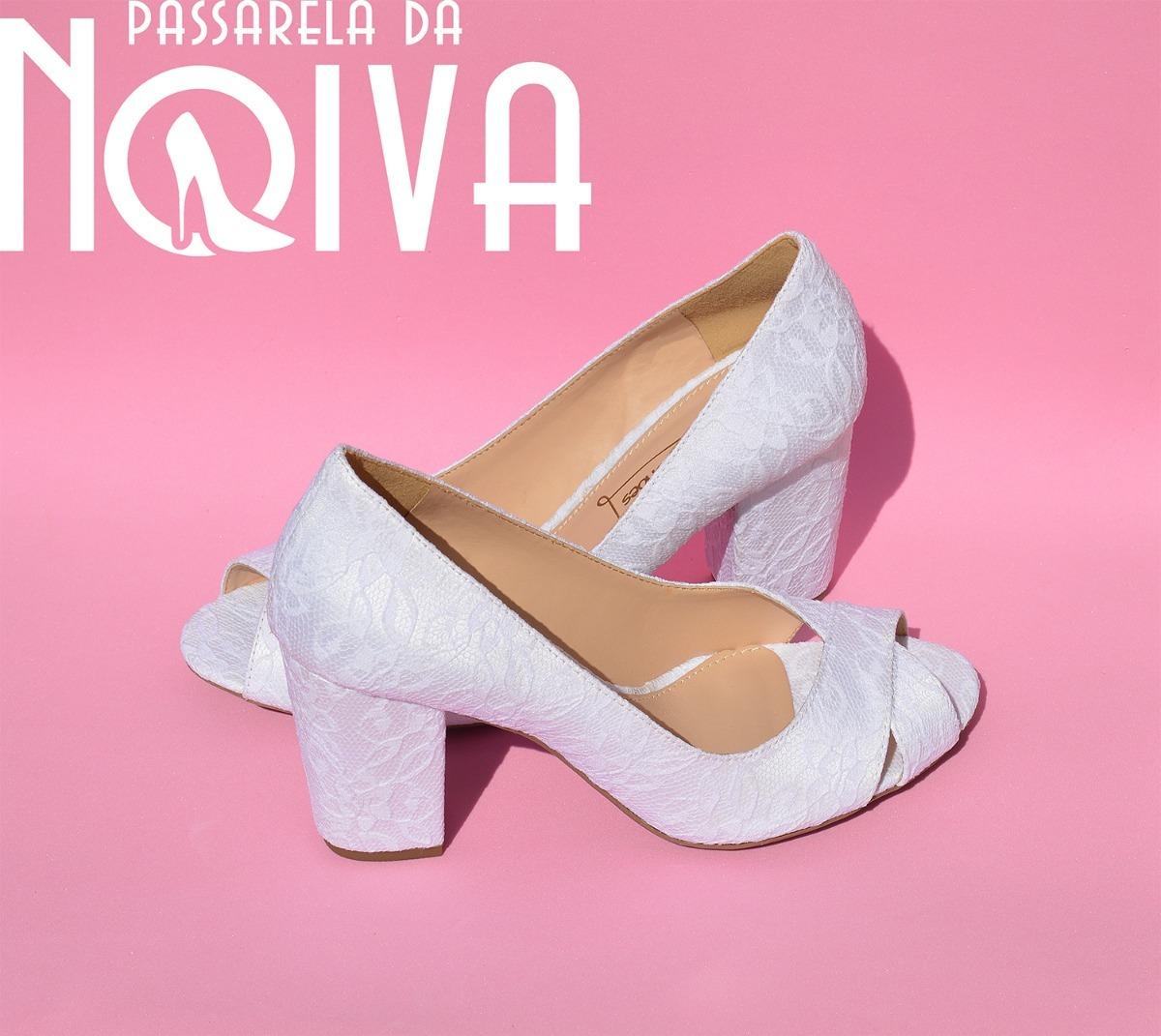 bcf0e3432 sapato branco para noivas, casamento, renda branca salto 8cm. Carregando  zoom.