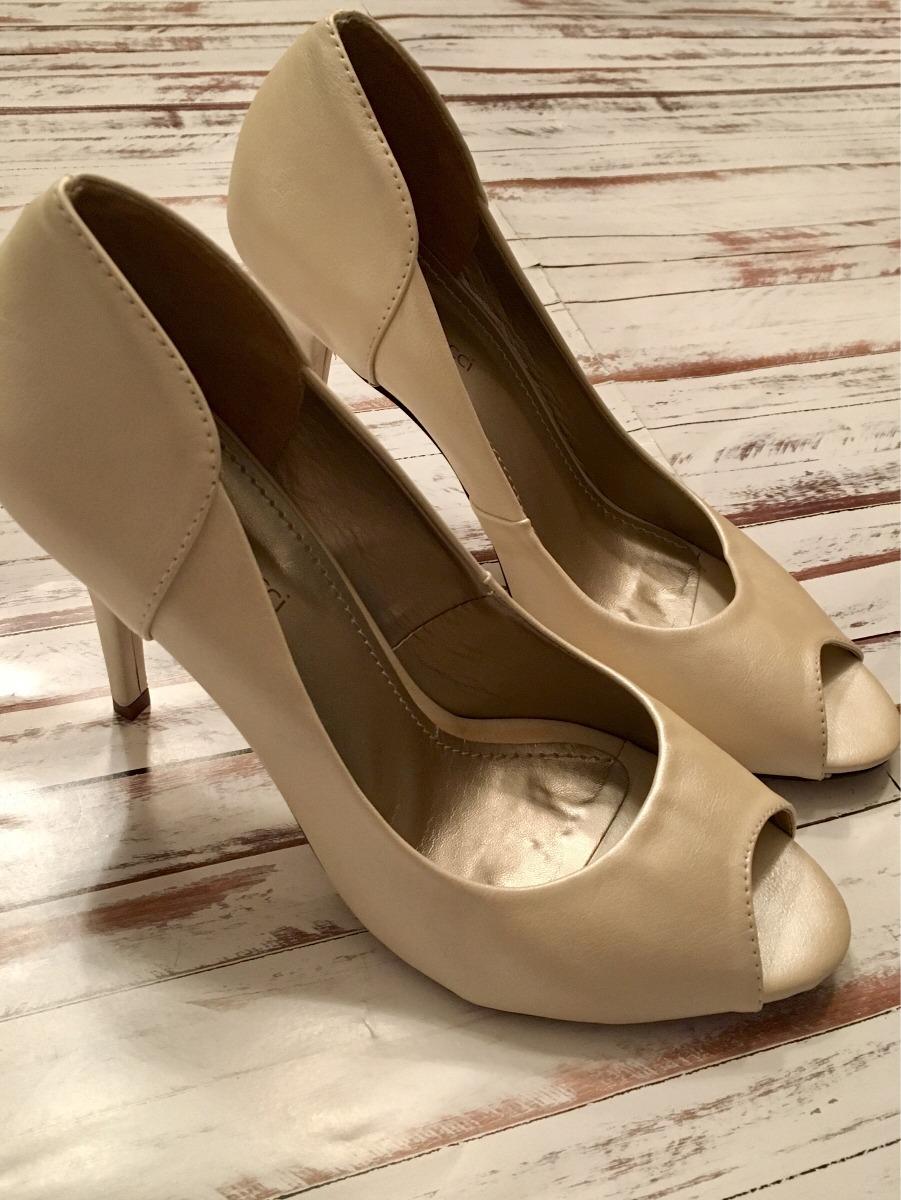 4359a4f2b Sapato Com Salto Cor Pérola - R$ 50,00 em Mercado Livre