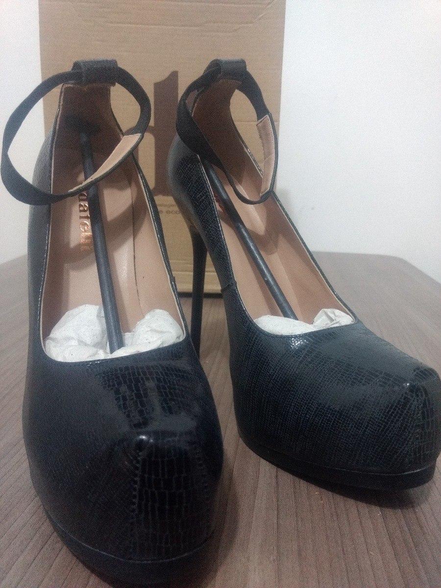 4493bf9ab4 sapato datelli preto cinza novo lindo oferta. Carregando zoom.