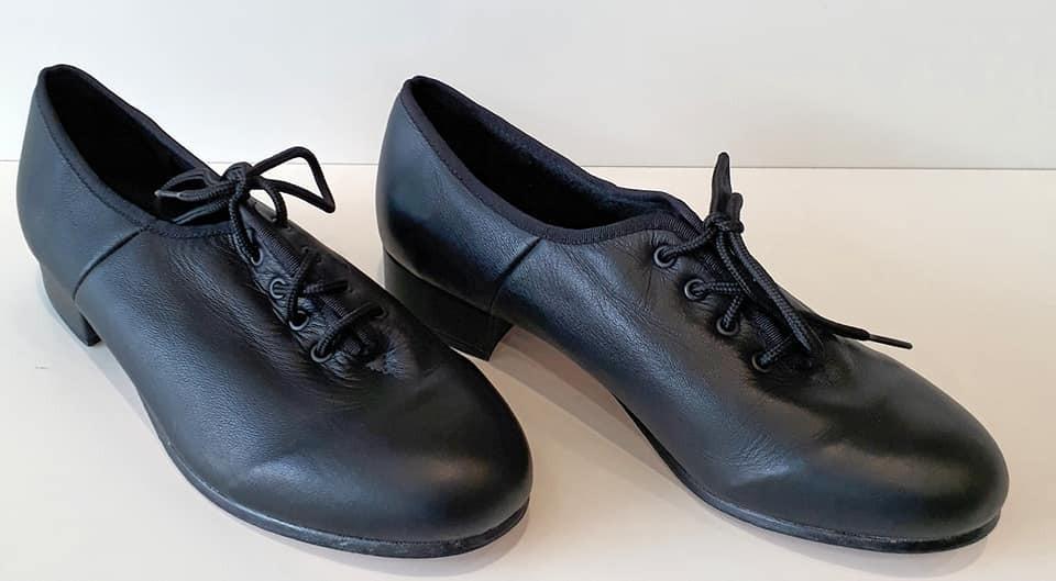 124ca6d91 Sapato De Dança De Salão Masculino Preto Capezio - R  169