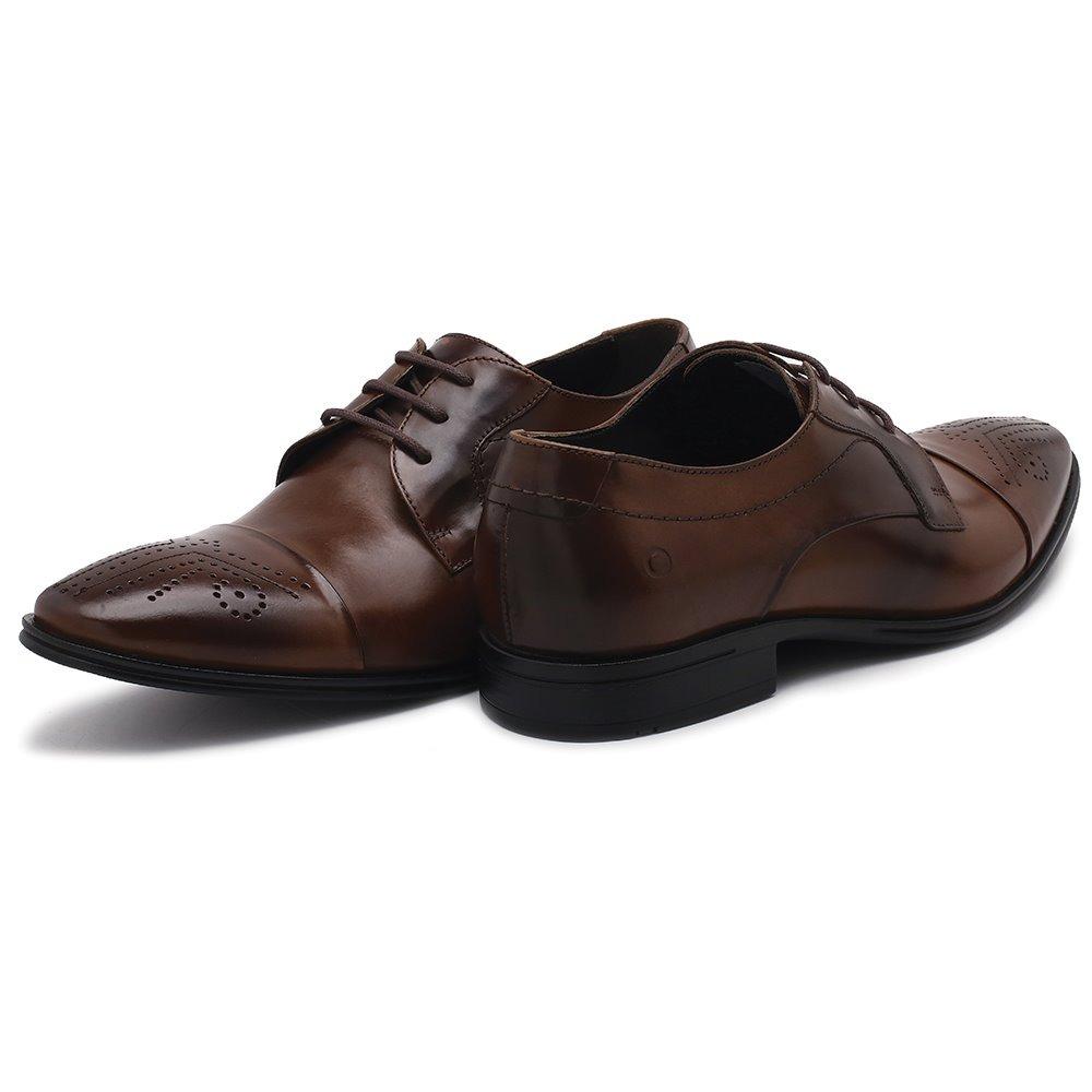 e162b69a2 sapato em couro democrata monterrey 161101. Carregando zoom.