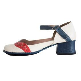 b7bb0c4d8 Sapato Estilo Boneca Salto Quadrado Feminino - Sapatos com o ...