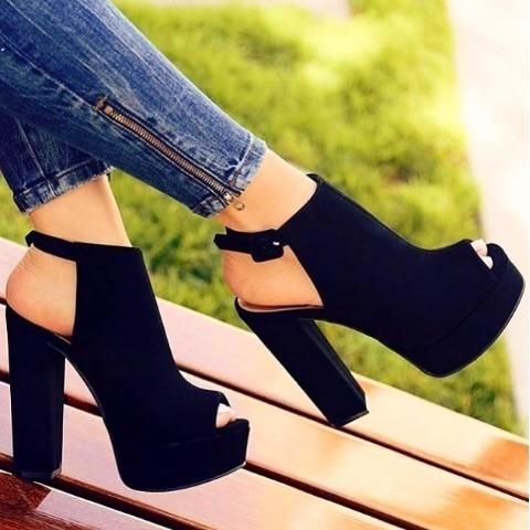 94f5cadc83 Sapato Feminino Ankle Boot Preto Promoção Frete Gratis!!! - R  159 ...