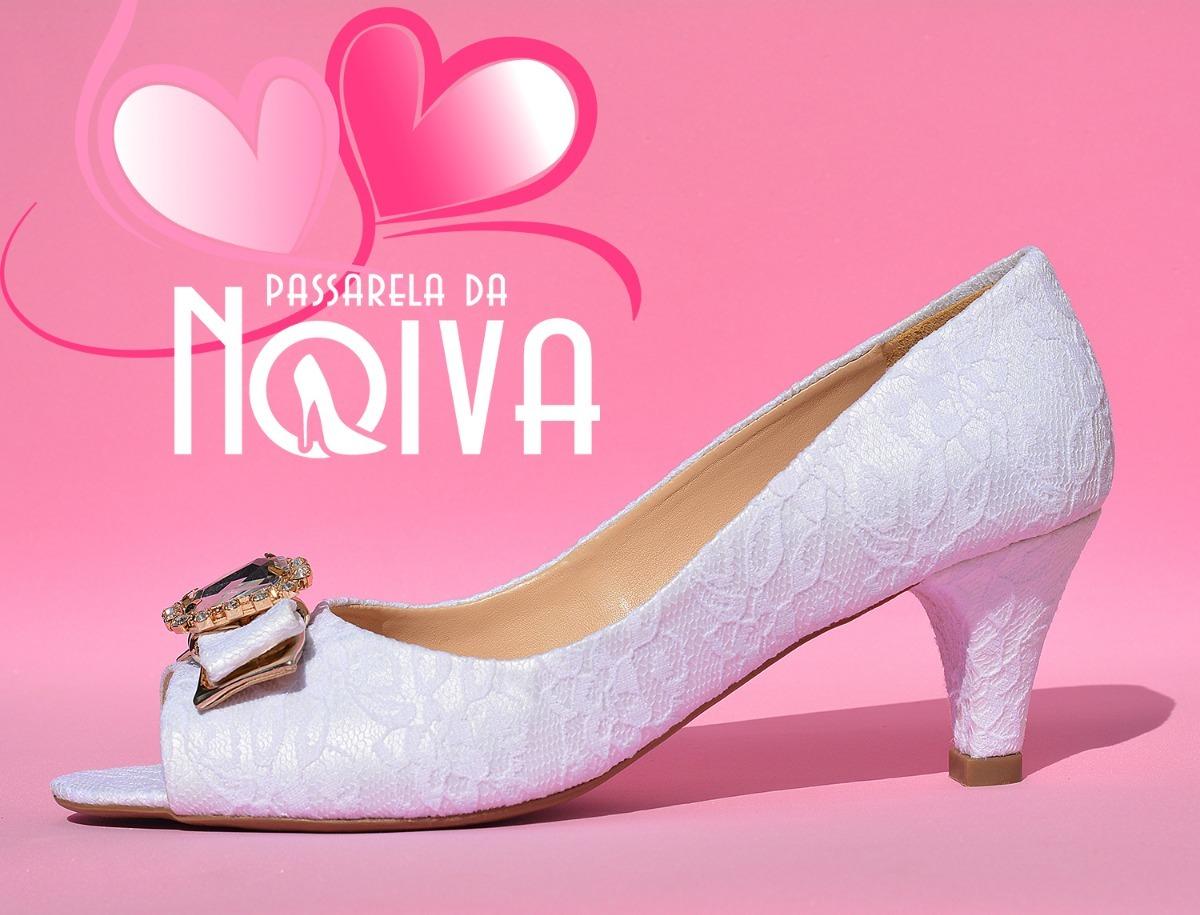 83e2bb649 sapato feminino branco para noivas renda branca salto 6 cm. Carregando zoom.