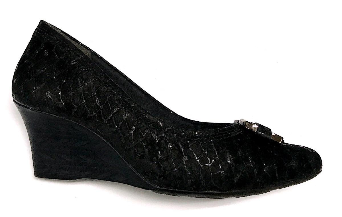 74c49ac5cf sapato anabela feminino comfortflex bico fino salto médio 6. Carregando zoom...  sapato feminino comfortflex. Carregando zoom.