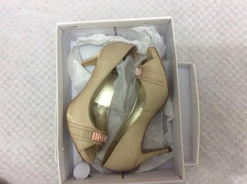 sapato feminino divalesi  cor champanhe